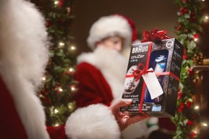 The World¹s Most Famous Facial Hair Gets a Restyle by Braun This Christmas(2)