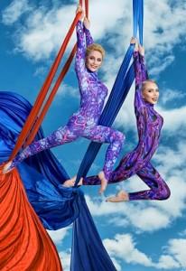 Маша Малиновская и тренер по воздушной гимнастике Жуковцова Виктория